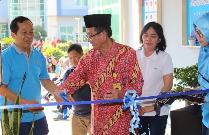 Hilirisasi Hasil Karya, FE Gelar Grand Opening FE Merchandise Centre