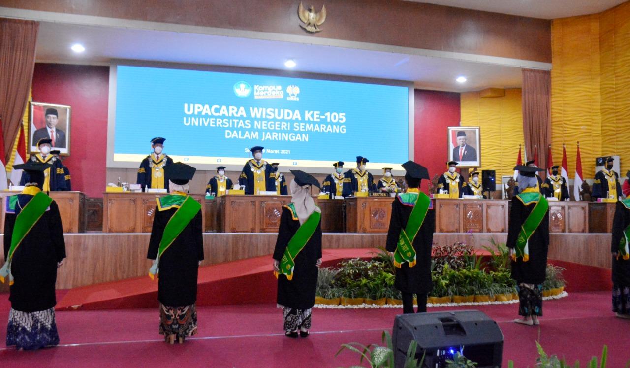 Wisuda Ke-105 UNNES, Rektor Sampaikan Kegemilangan Alumni Dan Mahasiswa sebagai Kegemilangan Universitas