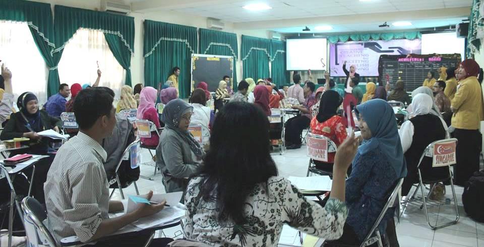 Mahasiswa PPs Adakan Workshop Gratis Untuk Guru