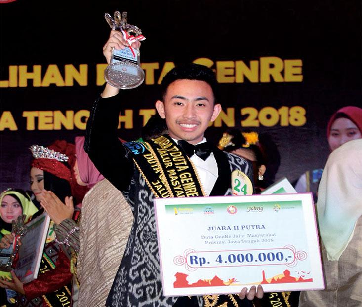 Muhammad Rokhan Rashif Mahasiswa FH UNNES raih 2 Gelar pada Pemilihan Duta GenRe