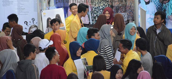 Ribuan Siswa SMA di Jepara Kunjungi Stand UNNES