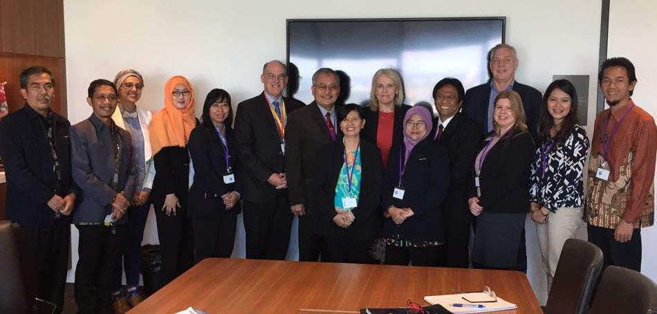 Dukung Internasionalisasi FMIPA Lakukan Riset di  USQ Australia