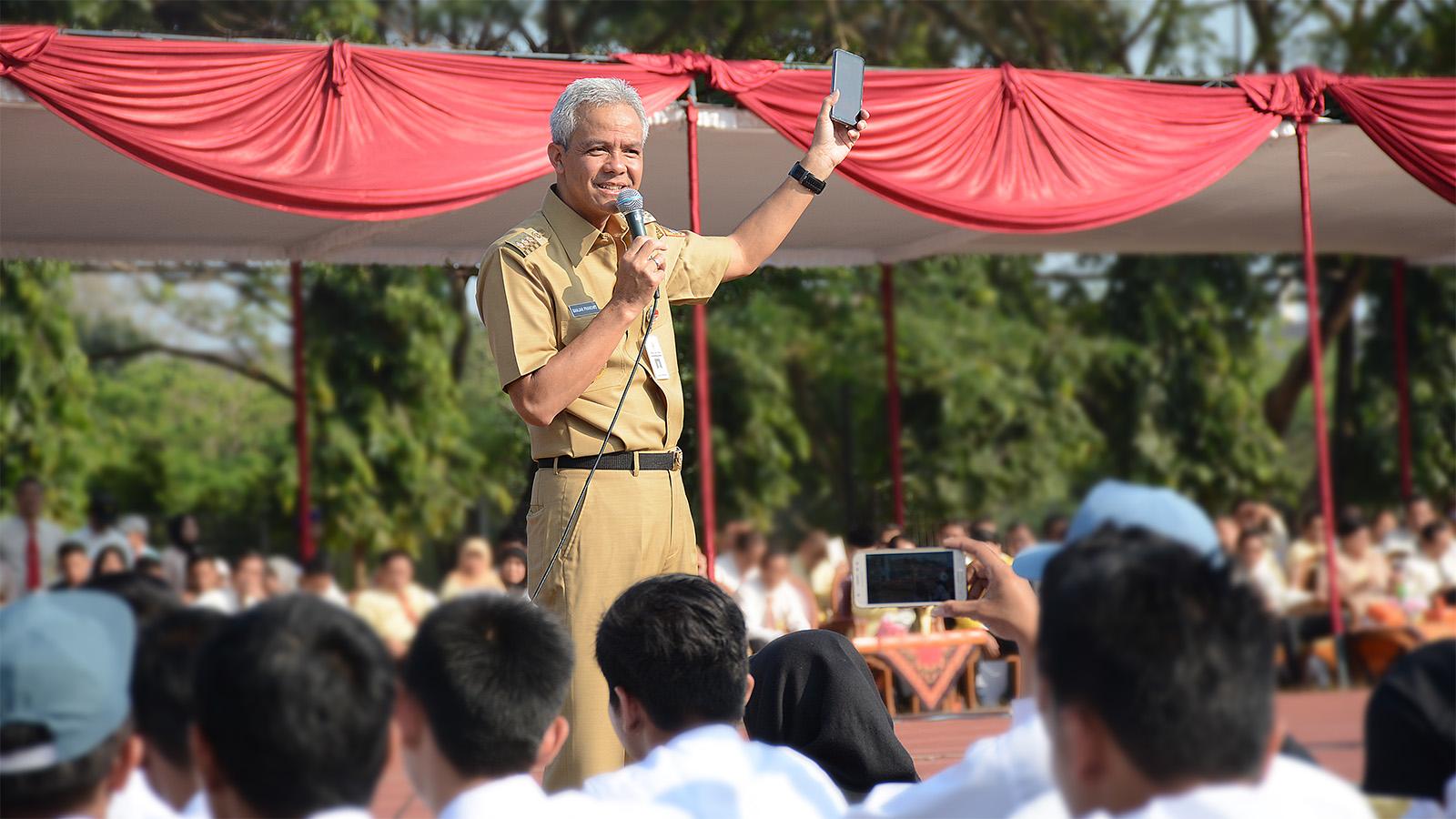Gubernur Jateng Ganjar Pranowo: Generasi Milenial yang Berprestasi dan Berkarakter