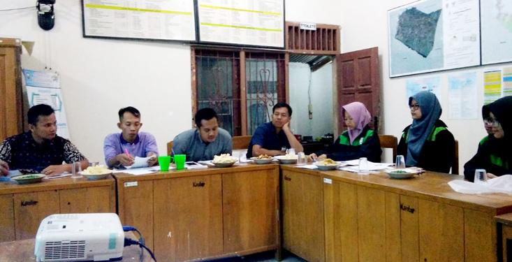 Mahasiswa KKN UNNES Desa Kalikayen Dampingi Pembentukan Peraturan Desa