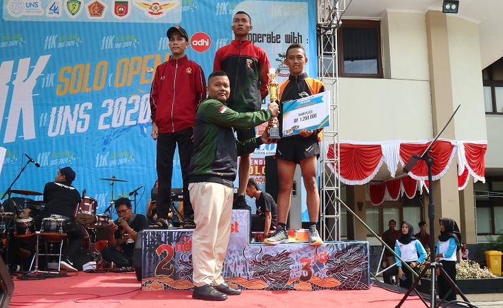 Resimen Mahasiswa Batalyon 902 UNNES Raih Juara 3 Lomba Lari 11K Open UNS 2020