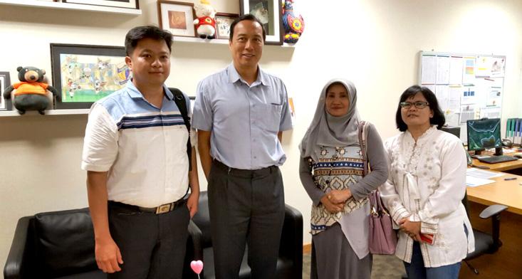 Perkuat Reputasi Internasional, Dosen FMIPA UNNES Diskusi Bersama Pakar NUS di Singapura