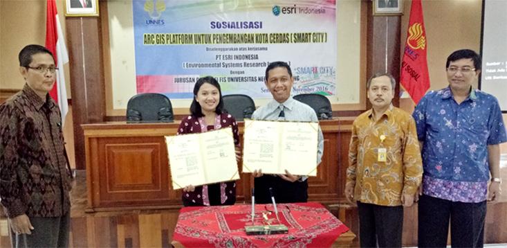 UNNES  Kerjasama dengan PT ESRI Indonesia