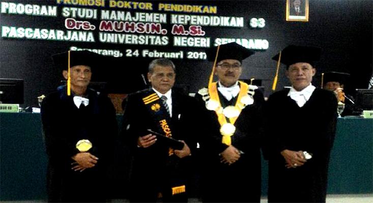 Teliti Kinerja Pemasaran PTS, Drs H Muhsin MSi Raih Doktor