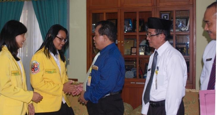 Dua Mahasiswa PKL Ke Malaysia