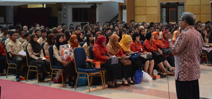 Ingin Ketahui Penerimaan Mahasiswa, Siswa SMAN 10 Semarang Kunjungi UNNES
