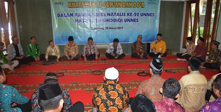 Peringati Dies Natalis ke-52, Takmir Masjid Ash-Shiddiqi Adakan Khataman Al-Quran