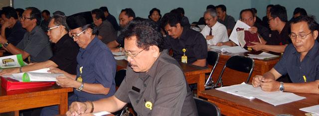 Pengembang Jurnal Luncurkan Pedoman Implementasi Publikasi Karya Ilmiah Mahasiswa