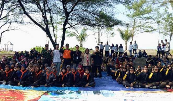 Wujudkan Visi Konservasi, Imake Unnes Bersih Pantai