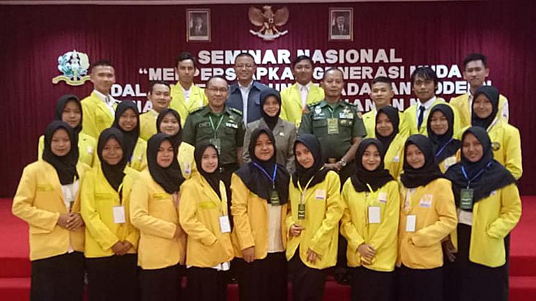 Korps Bela Negara UNNES Ikuti Seminar Nasional di Akmil