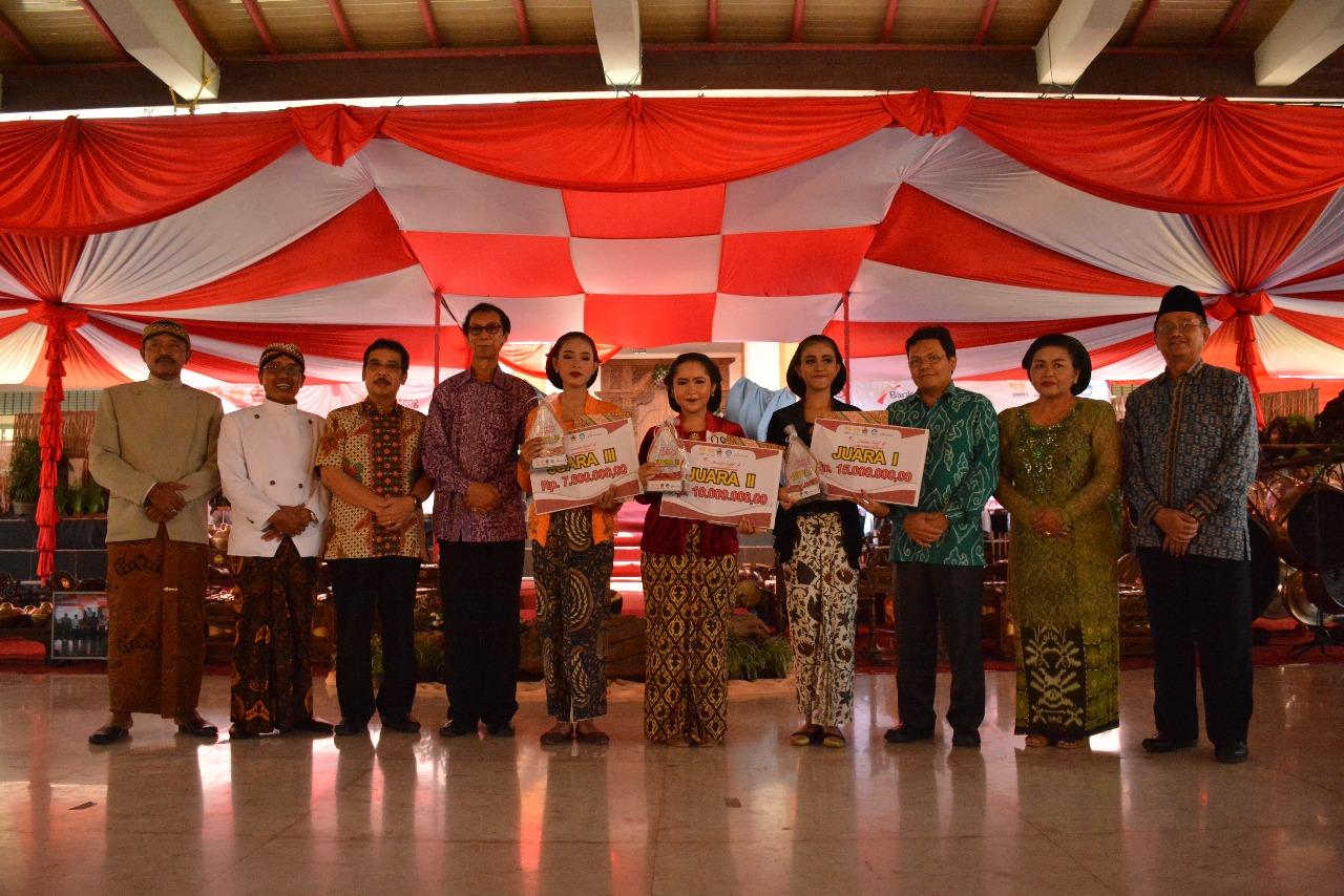 Sinden Idol 4 Kategori Pelajar, Nugraha Pawestri Juara I