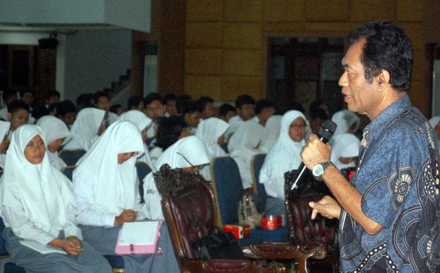 Ingin Kuliah, 250 Siswa SMA 28 Tangerang Berkunjung ke Unnes