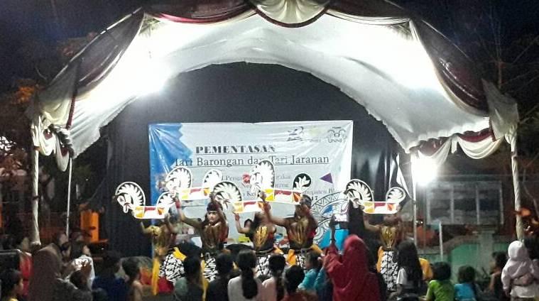 Dampingi Warga, Mahasiswa UNNES Lestarikan Tari Barongan