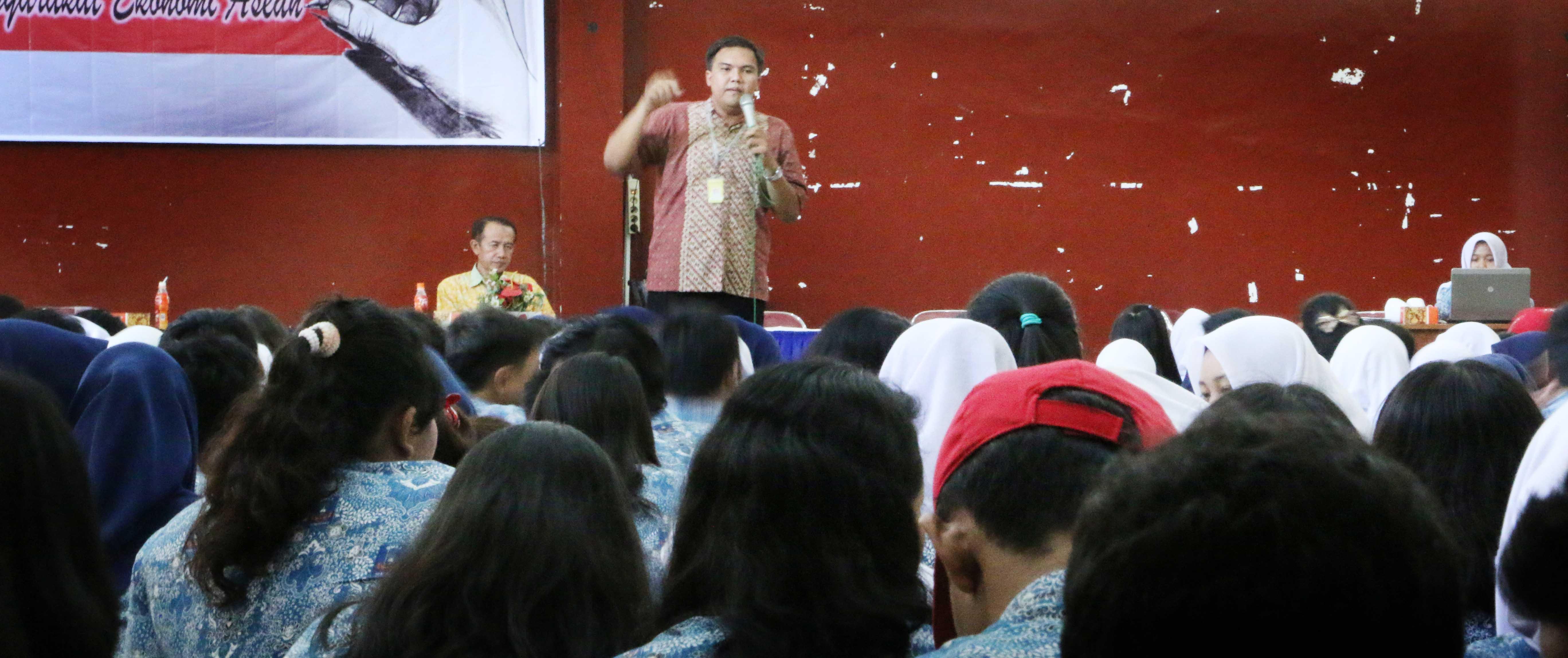 Peminatan Siswa SMA 5 Semarang Ke Unnes Meningkat