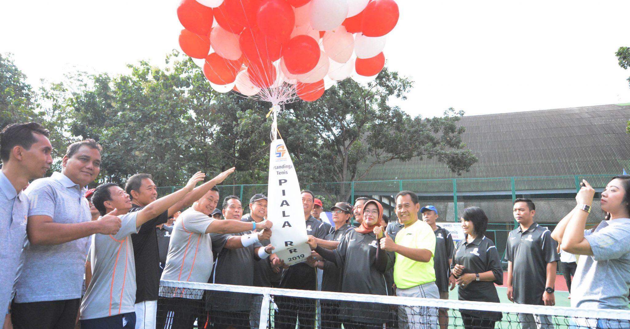 Tenis Piala Rektor UNNES Mulai  Ditandingkan