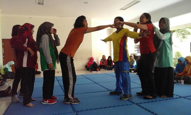 Guru PAUD Se-Kota Semarang ikuti Workshop Olahraga dan Permainan Tradisional di Labschool UNNES