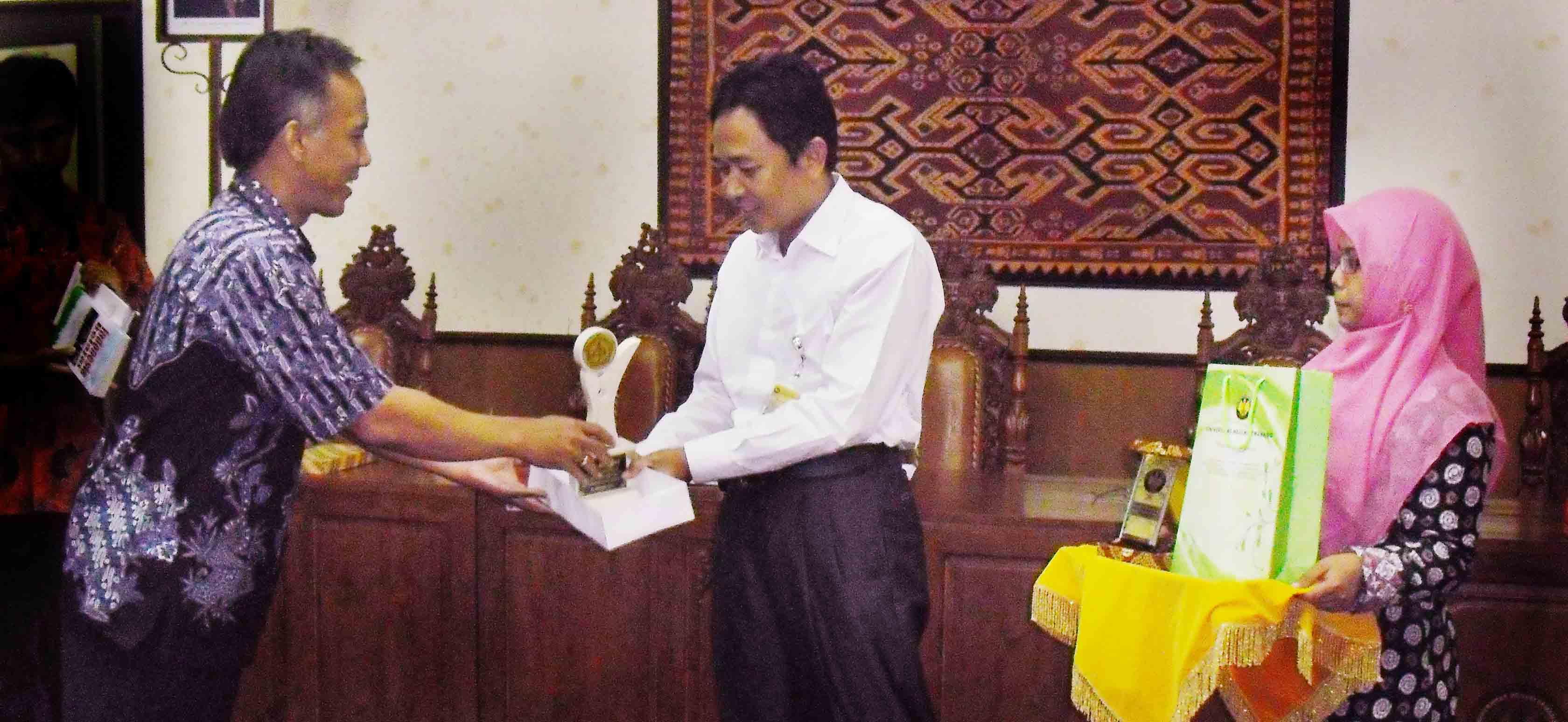 Unsadhar Studi Banding ke Unnes tentang Pelaksanaan PPGT