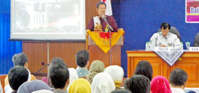 FMIPA Gelar Seminar Nasional Pendidikan IPA IV